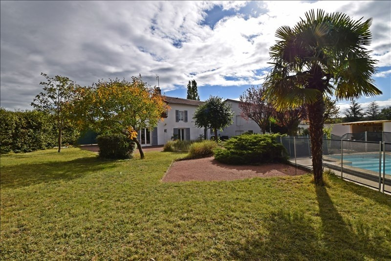 Sale house / villa Villerest 325000€ - Picture 3