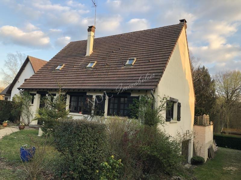 Sale house / villa Courteuil 395000€ - Picture 1