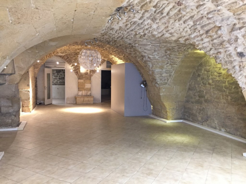 Local commercial Salon De Provence 120 m²