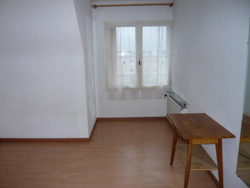 Rental apartment Laval 295€ CC - Picture 2