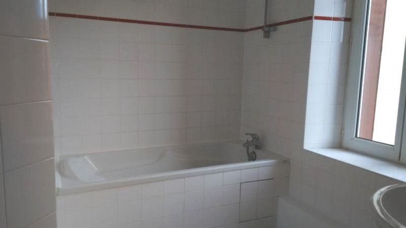 Rental apartment Le chambon sur lignon 325€ CC - Picture 4