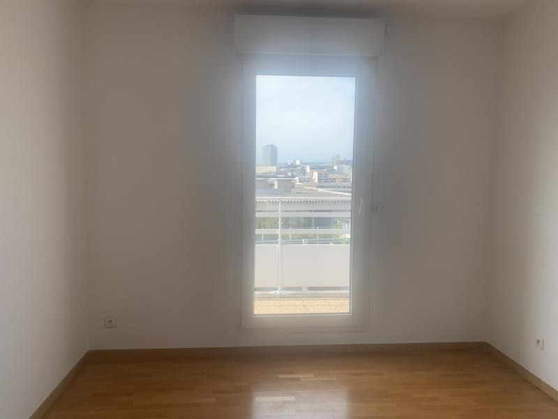 Rental apartment Marseille 8ème 2 460€ CC - Picture 8