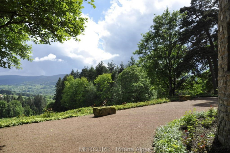 Vente de prestige château Noiretable 860000€ - Photo 10