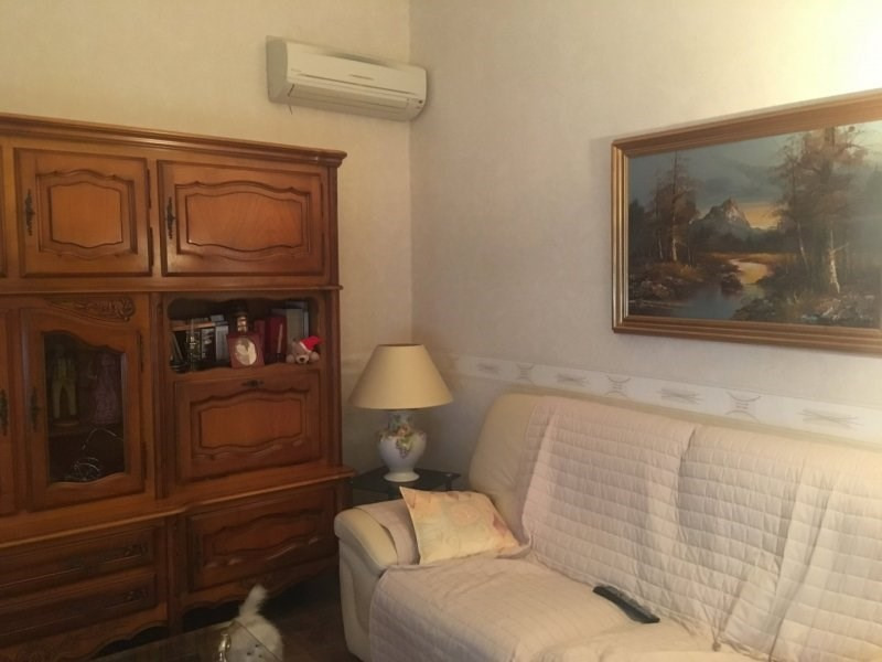 Sale house / villa Arles 232 000€ - Picture 3