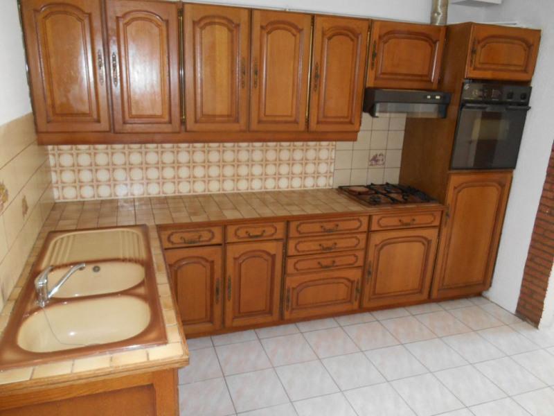 Rental house / villa Saint quentin 490€ CC - Picture 5