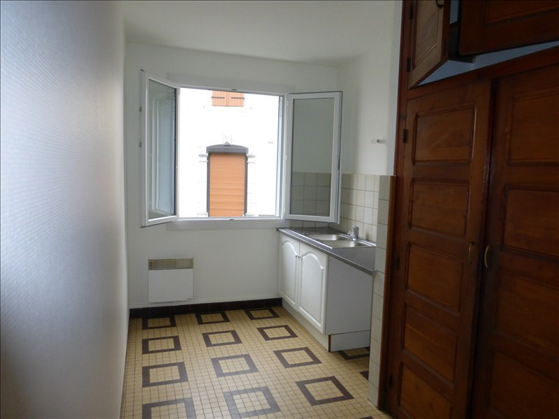 Location appartement Arudy 550€ CC - Photo 1