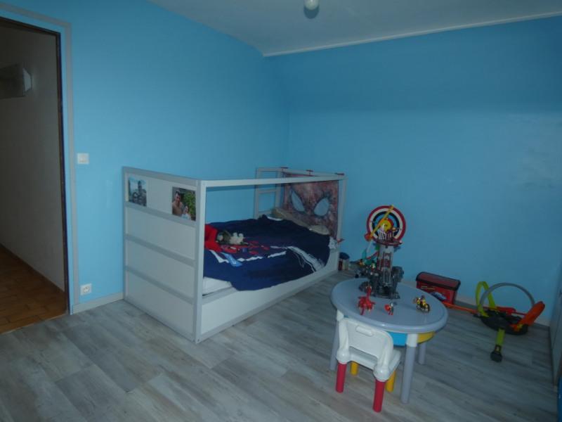 Sale house / villa Montmain 179000€ - Picture 6