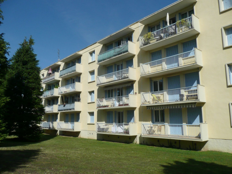 Investment property apartment Saint-genis-laval 147 000€ - Picture 1