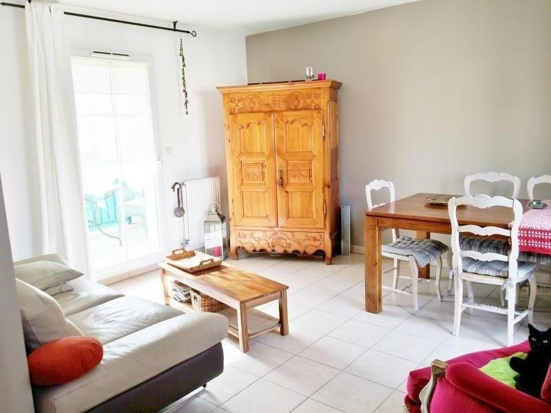 Location appartement Aubagne 980€ CC - Photo 1