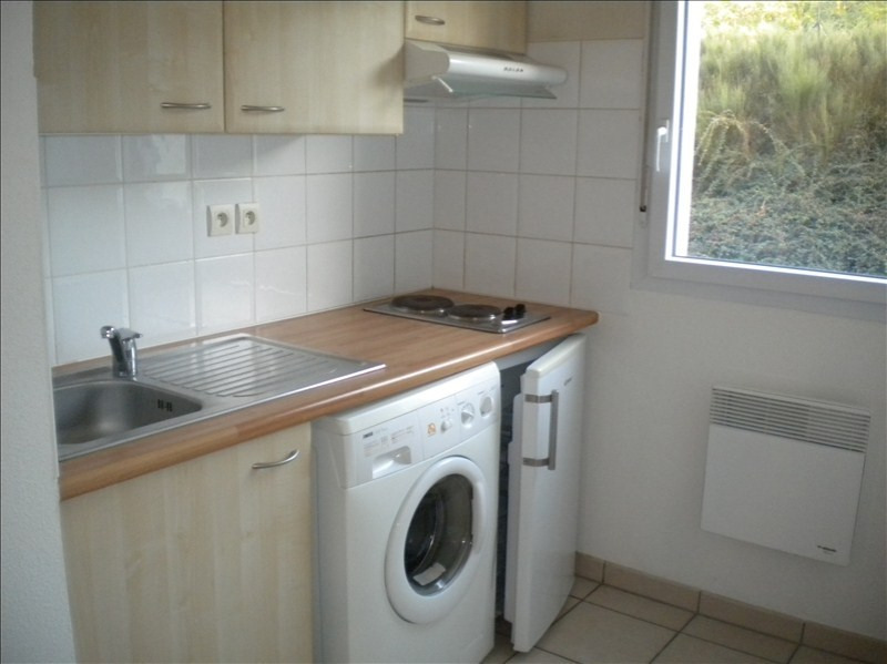 Rental apartment Vendome 444€ CC - Picture 3