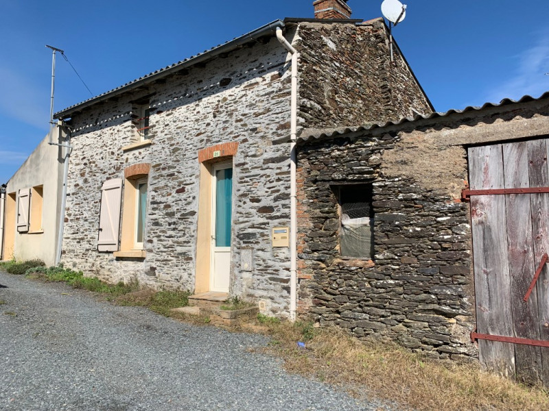 Sale house / villa Le fief sauvin 100900€ - Picture 1