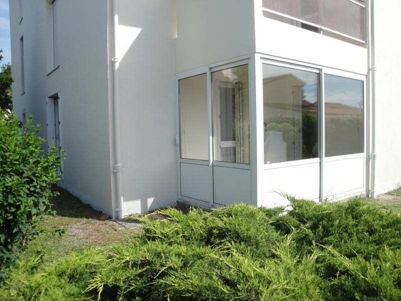 Sale apartment Niort 85 000€ - Picture 1