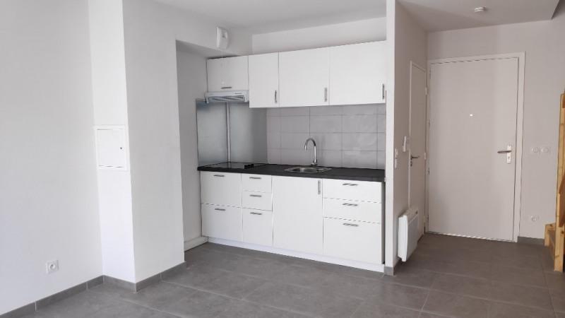 Rental apartment La gaude 900€ CC - Picture 2