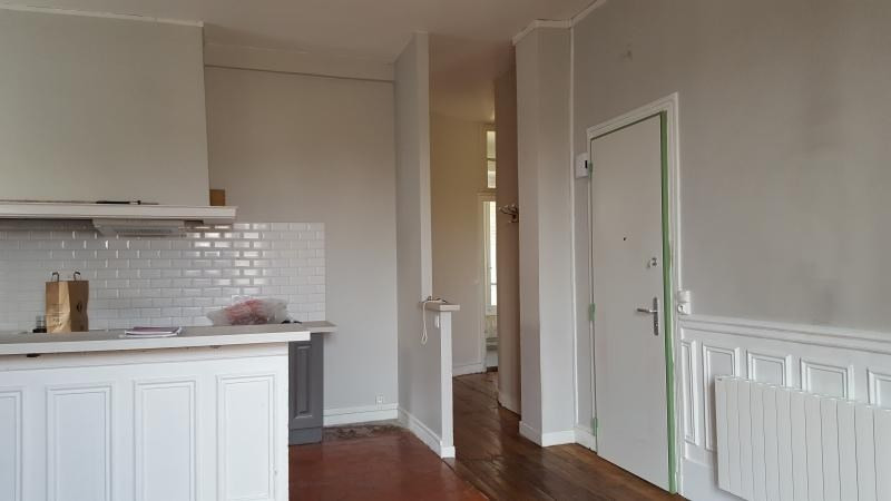 Location appartement Villennes sur seine 1 187€ CC - Photo 3