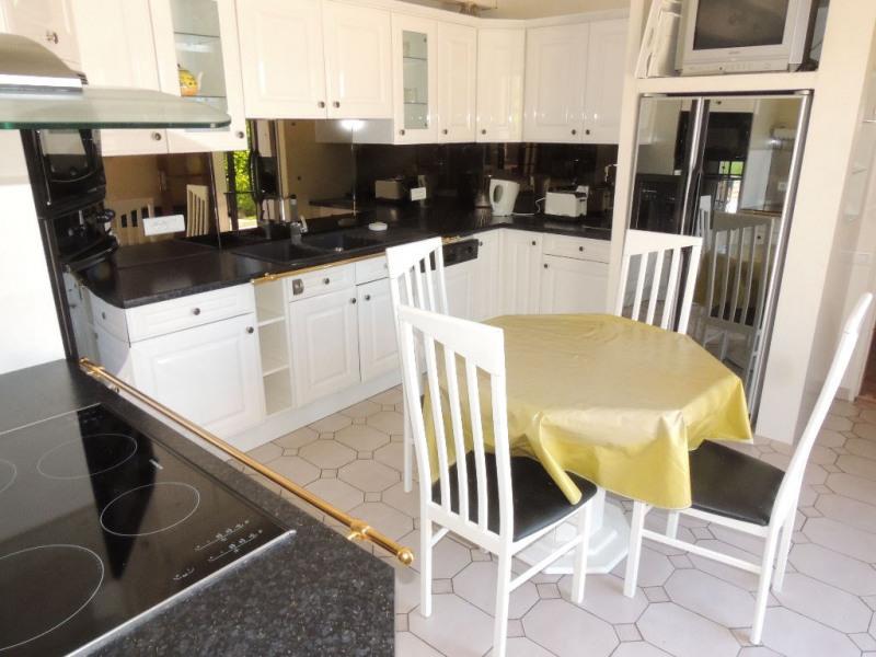 Sale house / villa Saint-sulpice-de-royan 355000€ - Picture 5