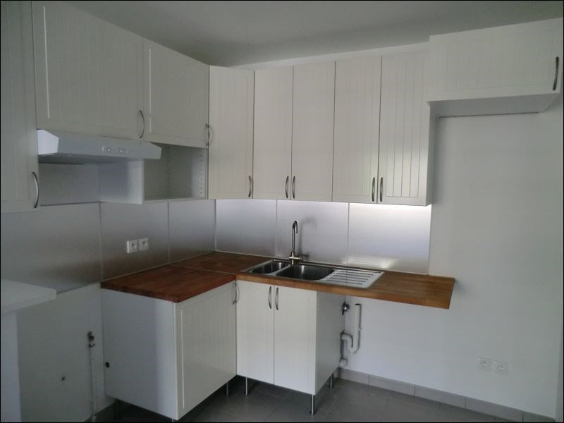 Rental apartment Viry chatillon 793€ CC - Picture 3