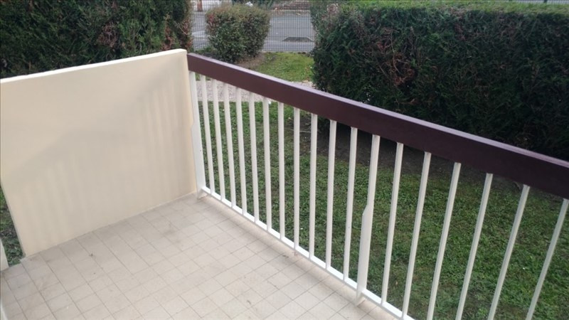 Location appartement Neuilly sur marne 780€ CC - Photo 2