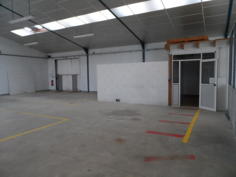 Sale empty room/storage Challans 271 900€ - Picture 3