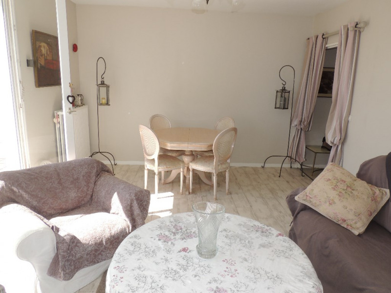Sale apartment Royan 199 500€ - Picture 2