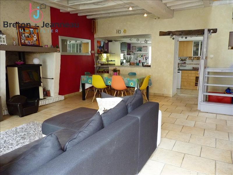 Sale house / villa Renaze 145600€ - Picture 4