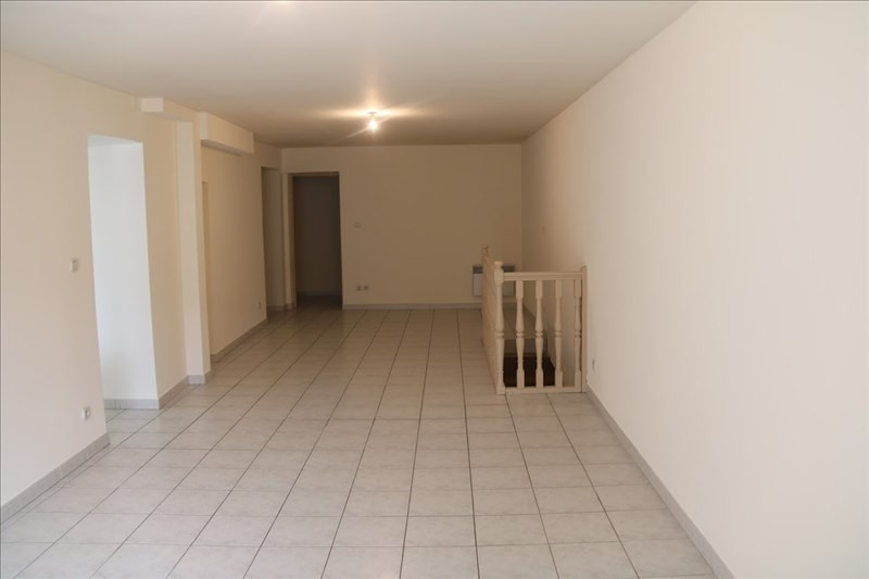 Location appartement Lunel 665€ CC - Photo 2