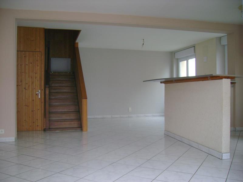 Vente maison / villa La chapelle du genet 93440€ - Photo 2