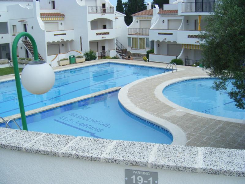 Sale apartment Rosas 92000€ - Picture 3