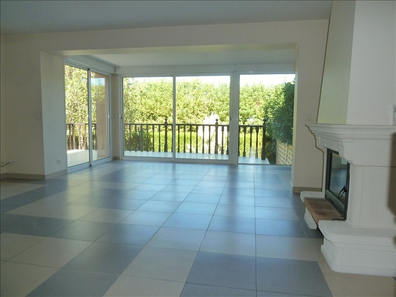 Location maison / villa Montesson 2 200€ CC - Photo 2
