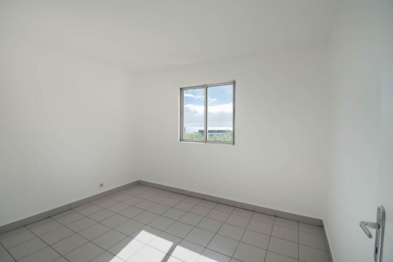 Rental apartment Saint denis 850€ CC - Picture 7
