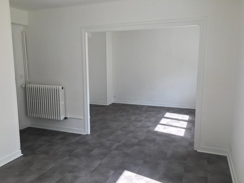Rental apartment Vernon 595€ CC - Picture 1