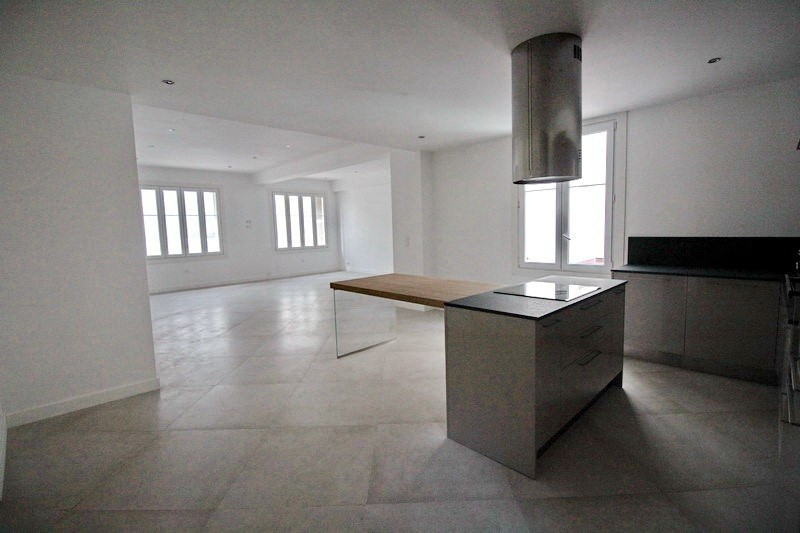 Sale apartment Nice 580000€ - Picture 2