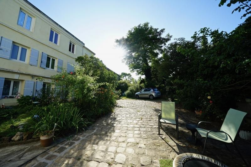 Deluxe sale house / villa Ballainvilliers 660000€ - Picture 2