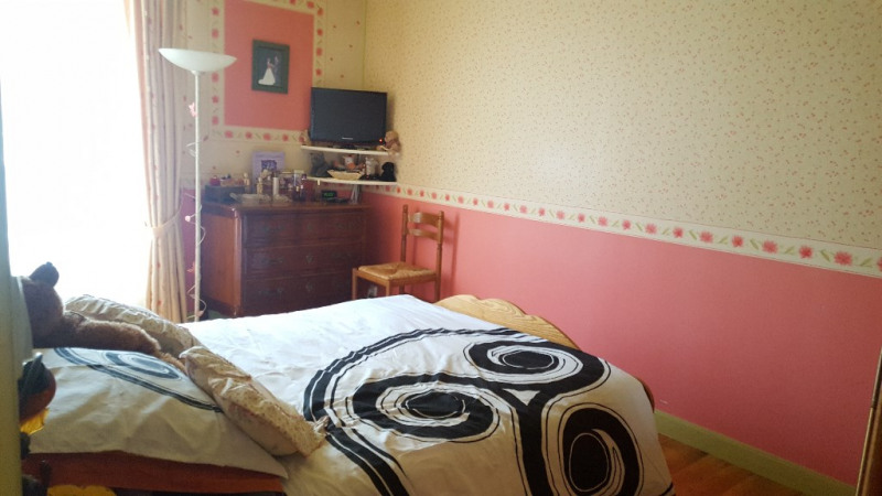Sale apartment Beauvais 143000€ - Picture 5