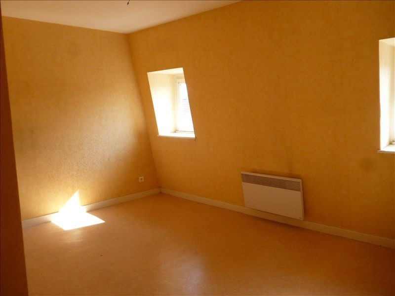 Location appartement Le coteau 232€ CC - Photo 4