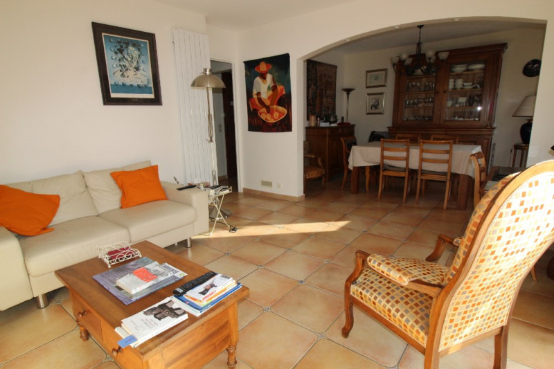 Vente maison / villa Hyeres 425 000€ - Photo 3