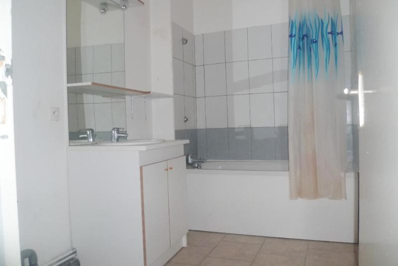 Location appartement Aire sur la lys 395€ CC - Photo 5
