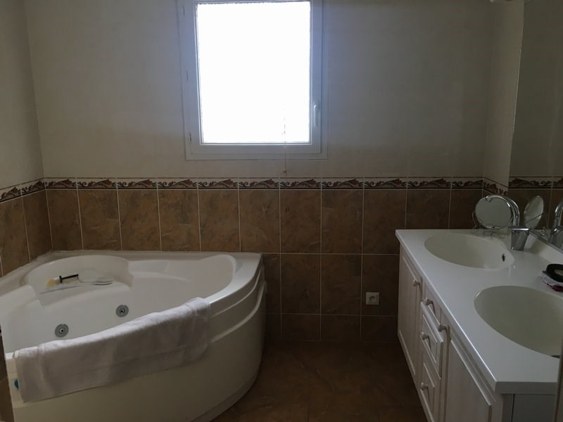 Vente maison / villa St chamond 275000€ - Photo 9