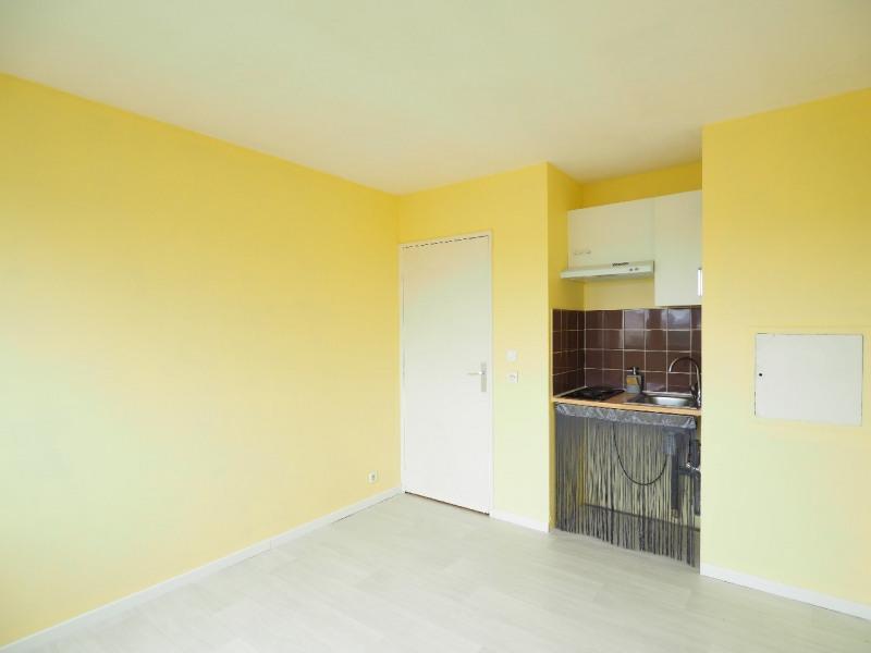 Rental apartment Melun 390€ CC - Picture 1