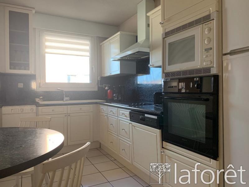 Vente appartement Bourgoin jallieu 242000€ - Photo 2