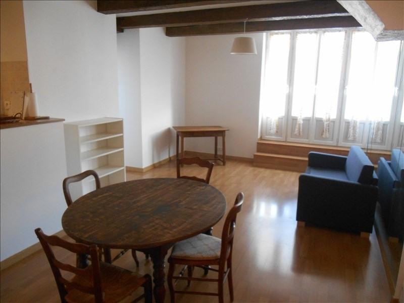 Location appartement Saint julien les villas 480€ CC - Photo 1