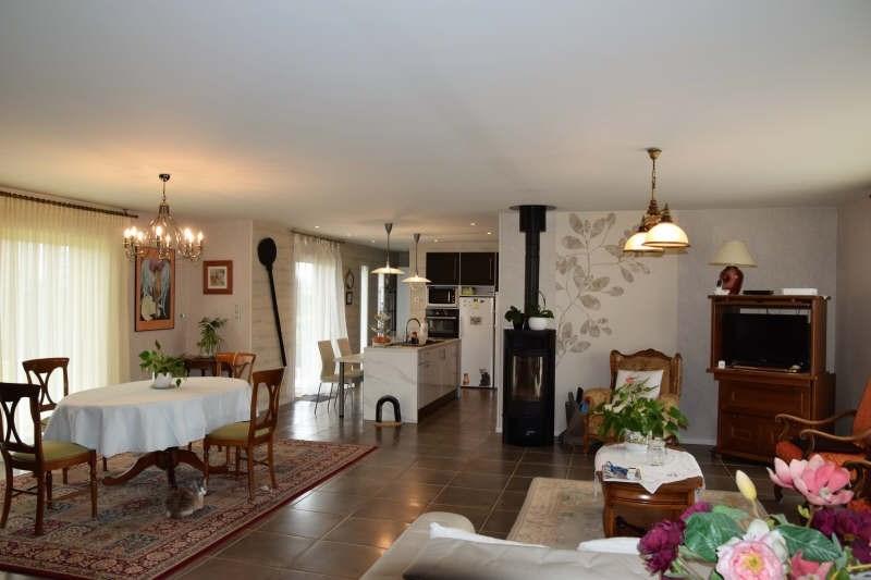 Sale house / villa Rilhac rancon 305000€ - Picture 4