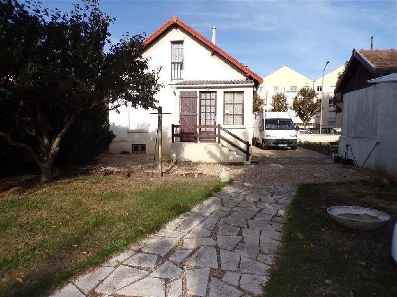 Sale house / villa Savigny sur orge 257475€ - Picture 1