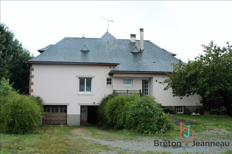 Sale house / villa Craon 176800€ - Picture 2