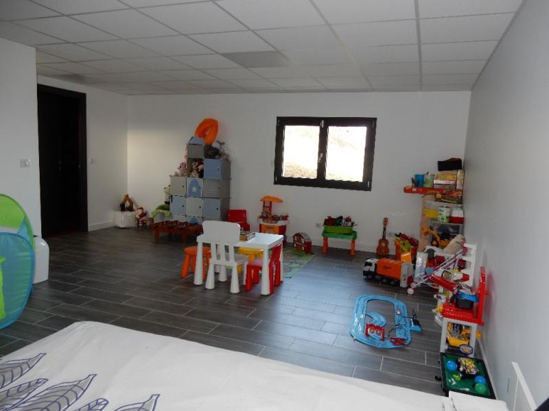 Deluxe sale house / villa Jardin 740000€ - Picture 11