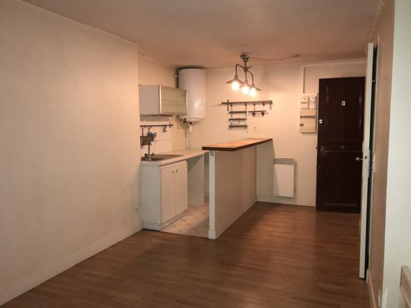 Rental apartment Paris 11ème 772€ CC - Picture 5