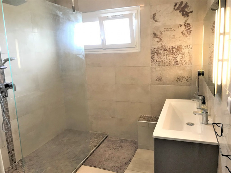 Vente maison / villa Meyzieu 479000€ - Photo 8
