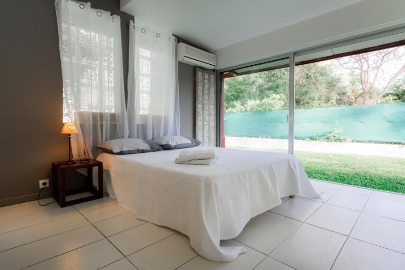 Vermietung von ferienwohnung haus Saint gilles les bains 1820€ - Fotografie 11