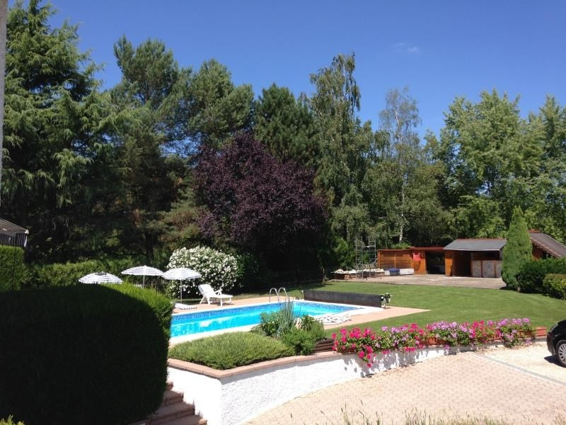 Sale house / villa Beaucourt 399 000€ - Picture 1