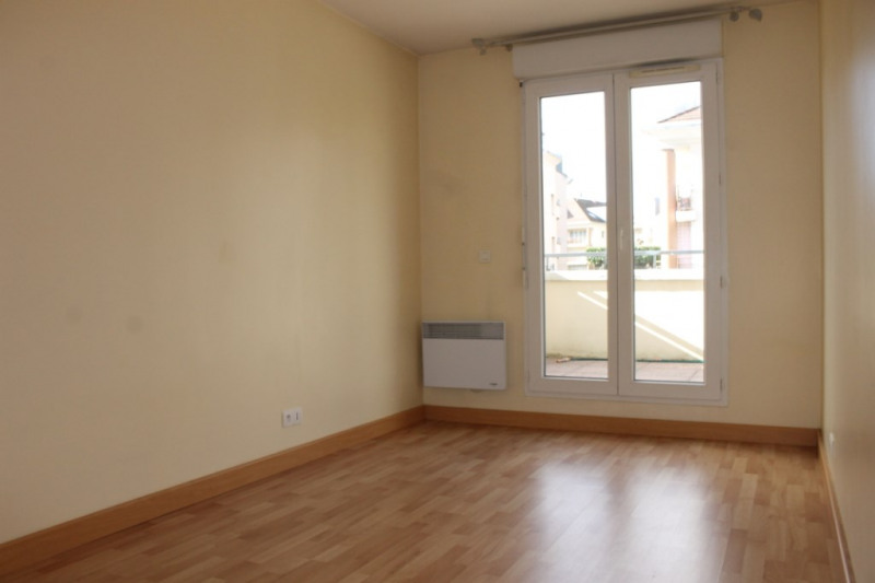 Rental apartment Osny 1000€ CC - Picture 6