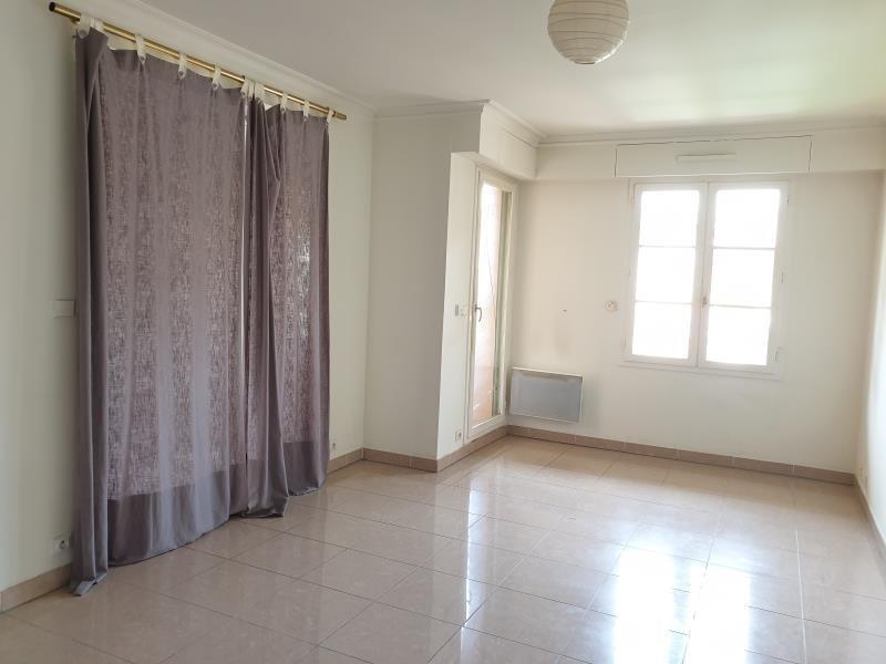 Rental apartment Aix en provence 880€ CC - Picture 3